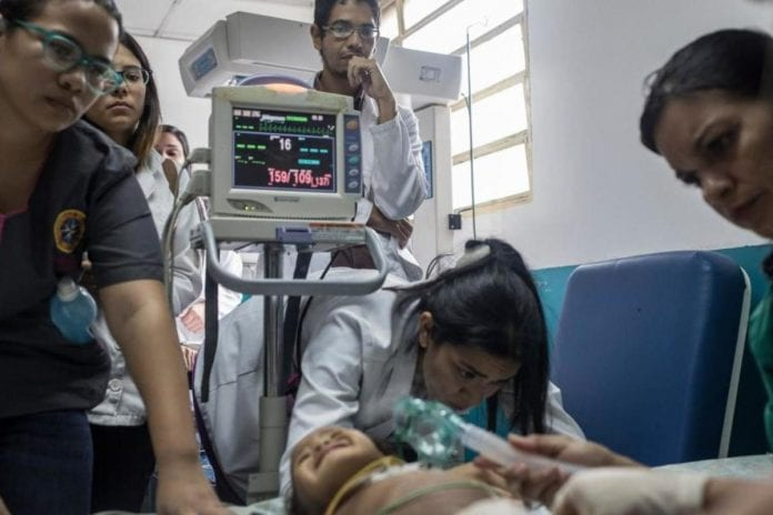 Es un dolor que nunca superarás»: la crisis en Venezuela cuando los bebés mueren de desnutrición