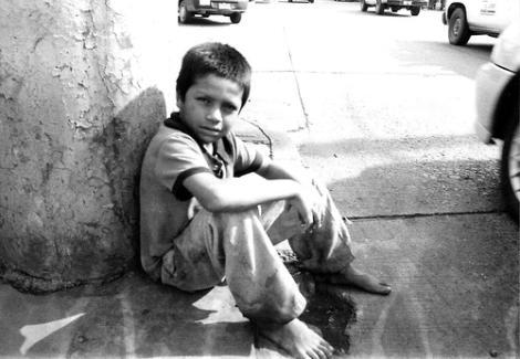 """""""Semillas a la deriva"""" la desgarradora realidad de los niños venezolanos"""