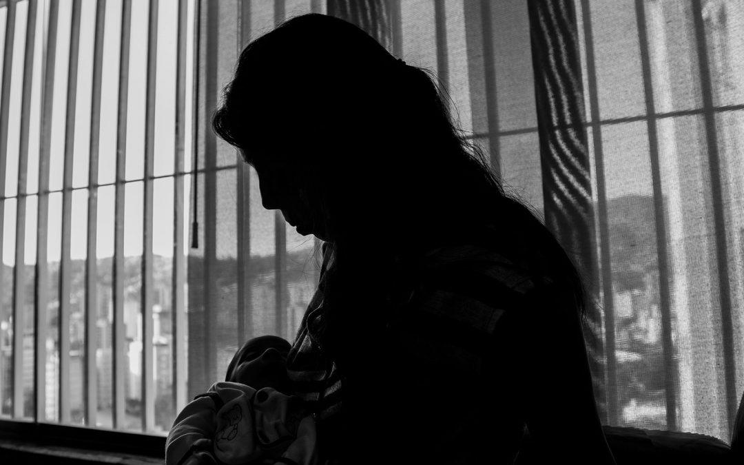 El abandono de las gestantes seropositivas en los servicios de salud