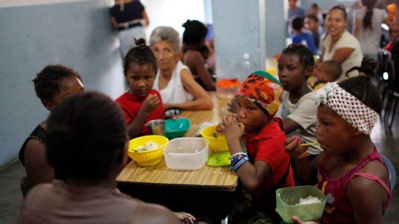 Crisis en Venezuela | El insólito acuerdo de la ONU con el país para alimentar a 185.000 niños