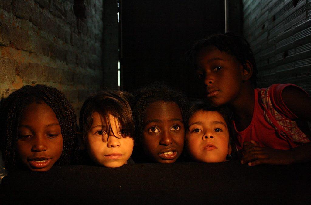 Infancia desplazada por la violencia sufre desarraigo y alteración emocional