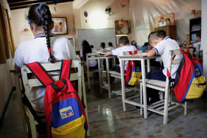 Clases presenciales serán bajo el esquema 7+7, dice Maduro