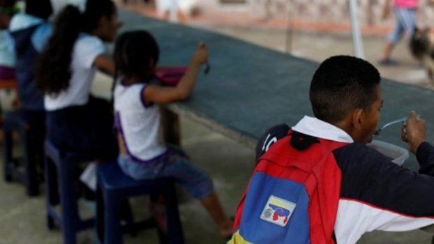 Bachelet: Más de un millón de niños dejaron de ir a la escuela en Venezuela